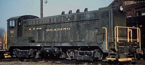 Reading #32 was from the first group of Baldwin DS4-4-1000 locomotives delivered in 1946-47.  This first group was normally-aspirated, as is evident by the four exhaust stacks.