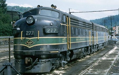 A view of Reading F7 #277 at Tamaqua, PA.