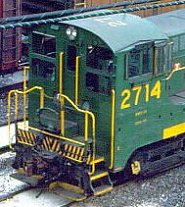 "Like other units repainted into the ""Reading Green"" scheme, Reading #2714 had its road number painted on the cab roof."